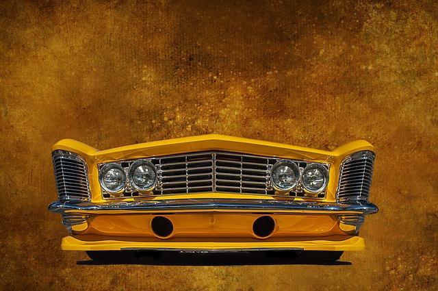 Žluté auto